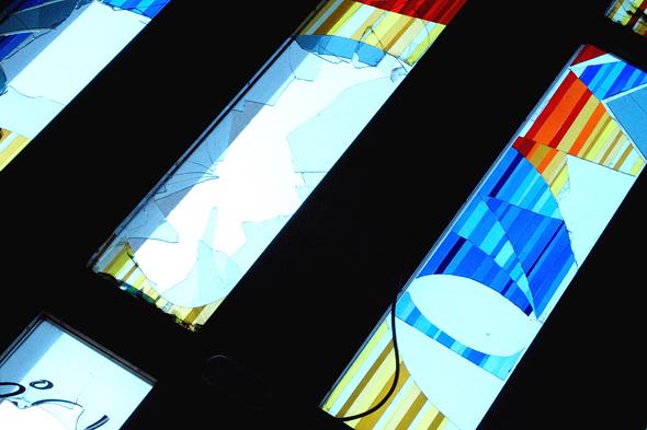 Teilansicht des Glasfenster von Walter Womacka