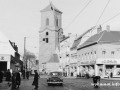 Carl-Schurz-Straße  und Nikolai-Kirche in Spandau 1957