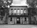 US-Headquarter Dahlem: Portal des Hauptgebäudes
