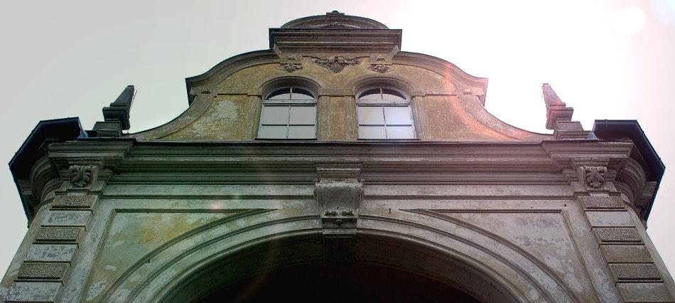 Titelbild-Schloss-Gueterfelde