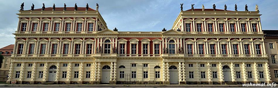 Ein in jeder Hinsicht majestätischer Anblick: die Hiller-Brandtschen Häuser in Potsdam.