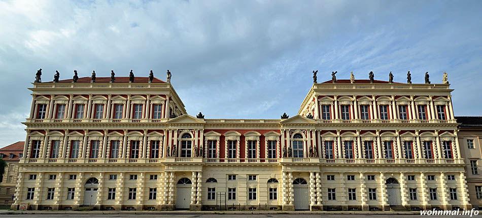 Gesamtansicht Hiller-Brandtsche Häuser Potsdam