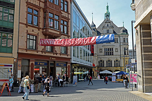 Die herrliche Hallenser Altstadtstadt wird immer beliebter. (SH)