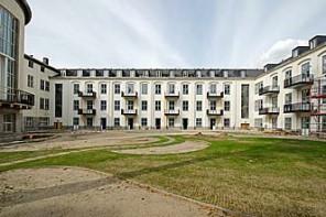 The Metropolitan Gardens Bautenstand - Titel-2